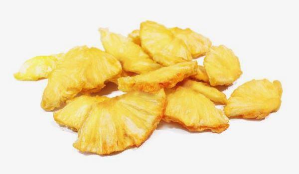 Ананасов чипс
