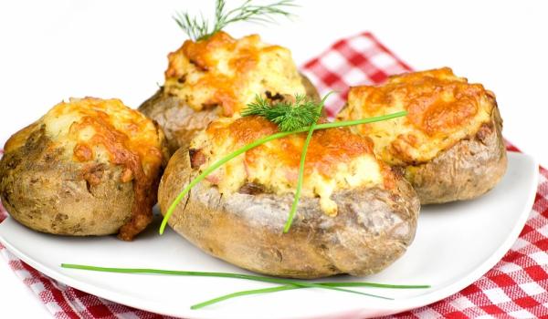 Картофи с кашкавал и мляко