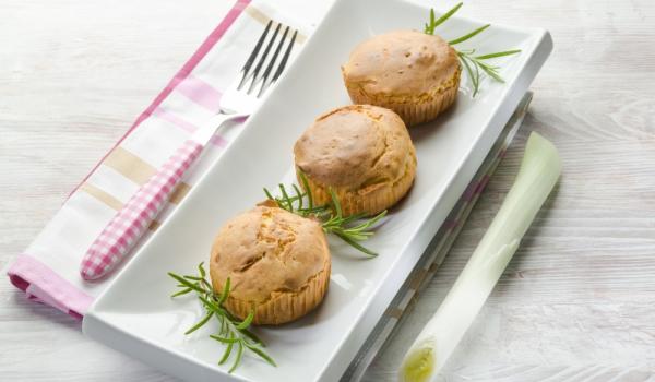 Картофени мъфини с лук