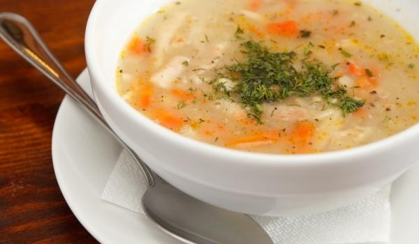 Пилешка супа с гъби и джинджифил