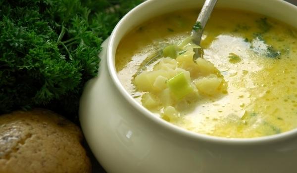 Картофена супа с маруля