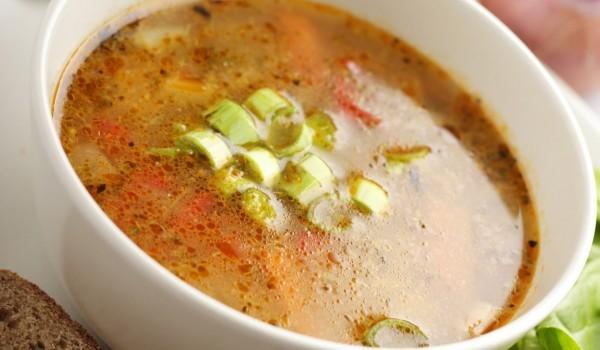 Бърза и богата зеленчукова супа