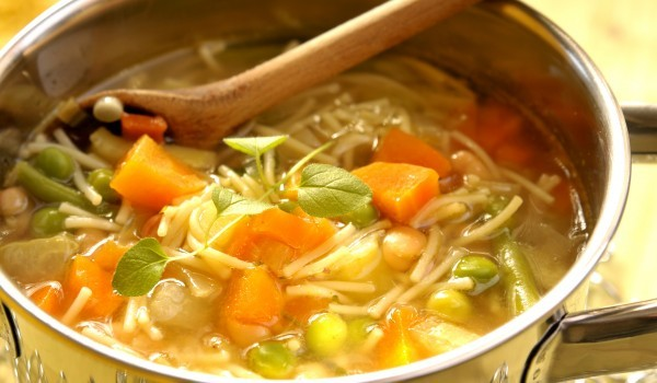 Постна зеленчукова супа