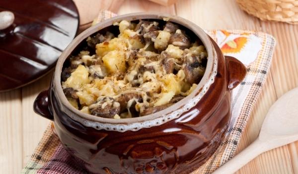 Гювеч с месо и картофи