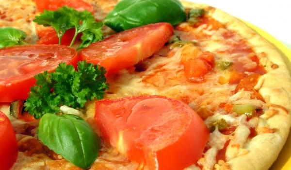 Пица с кашкавал