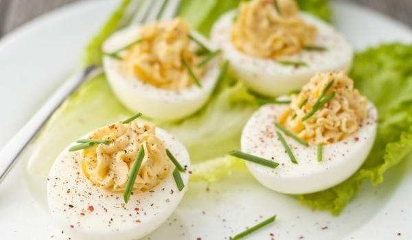 Ароматни пълнени яйца